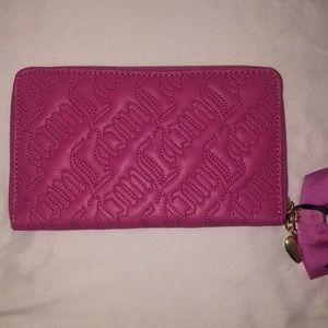 Juicy Couture Bags - NWT Juicy Couture Wallet
